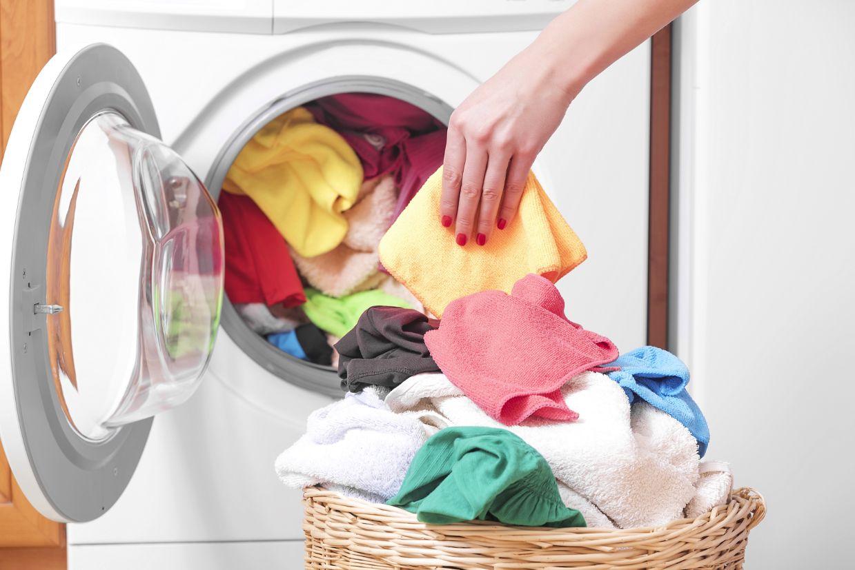 洗濯物と乾燥機