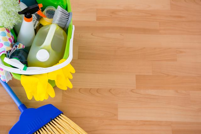 フローリングと掃除道具