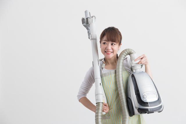 掃除機 女性