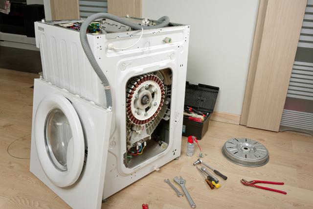 分解した洗濯機