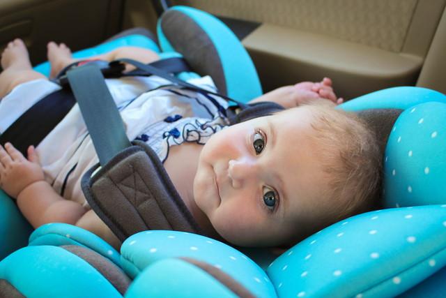 赤ちゃんとチャイルドシート