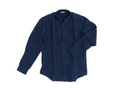 紺色の麻のシャツ
