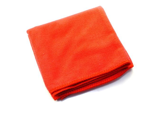 マイクロファイバーのタオル