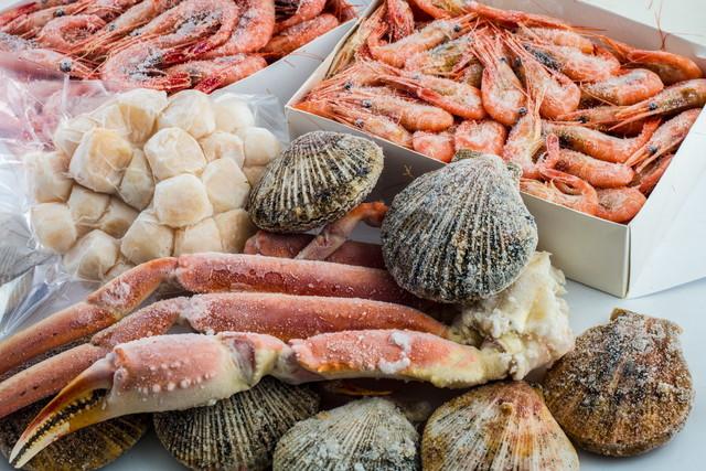 冷凍保存された魚介類