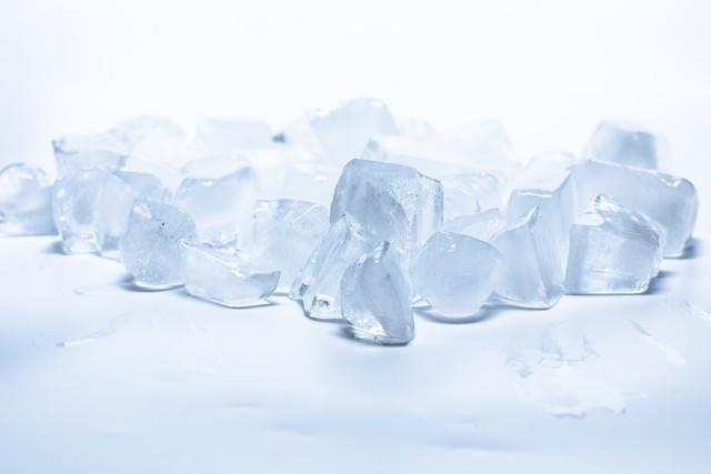 たくさんの氷