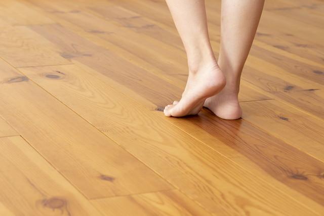 素足でも歩ける床暖房