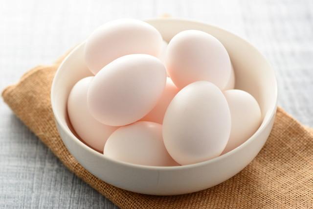 器に盛られた卵
