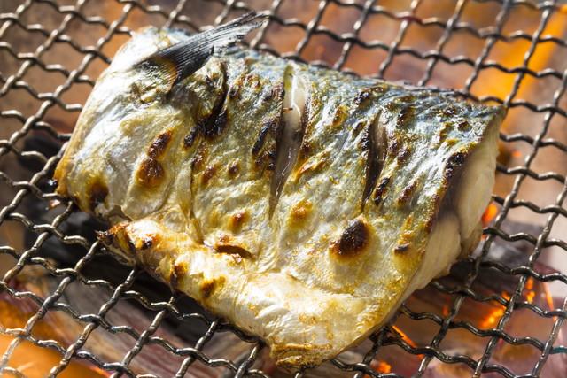 鯖の炭火焼き