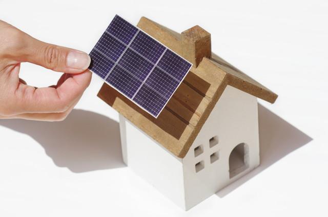 太陽光パネルの模型