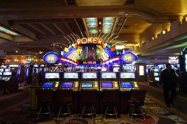 カジノ-ポーカーゲーム機