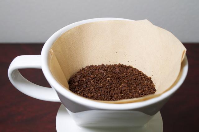 お湯を入れる前のドリップコーヒー