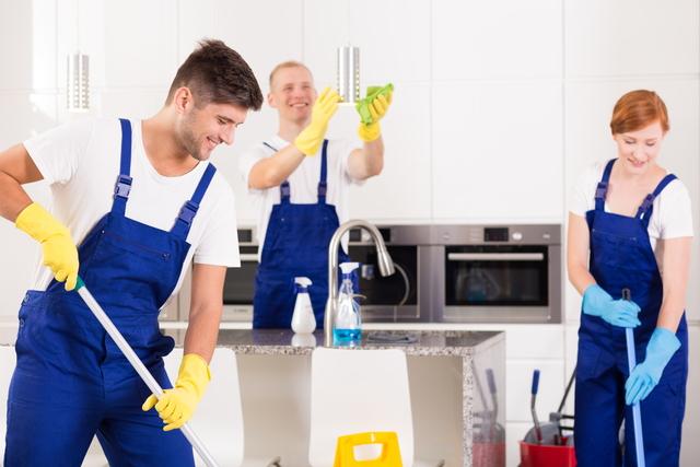お掃除業者