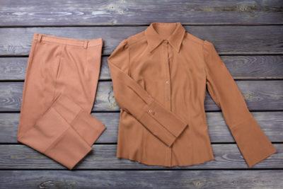 リヨセル素材の服