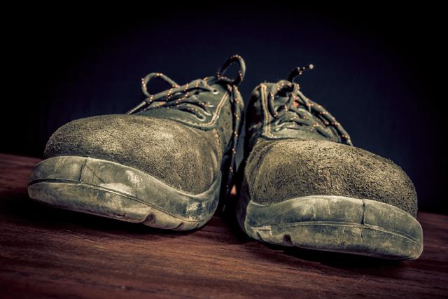 汚れた安全靴