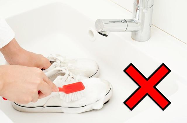 靴の水洗い禁止