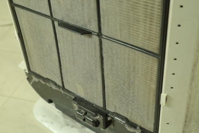 空気清浄機フィルターのほこり