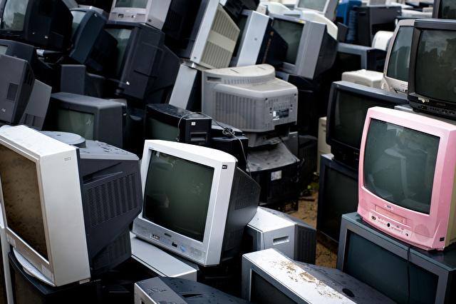 テレビ廃棄