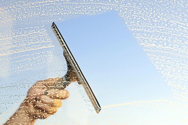 窓ガラスの水切り