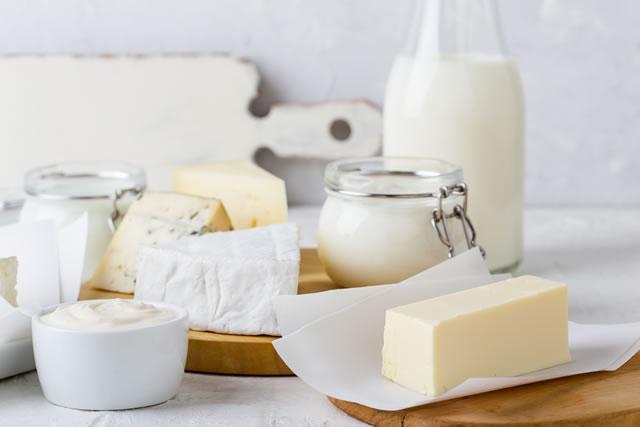 バターと牛乳