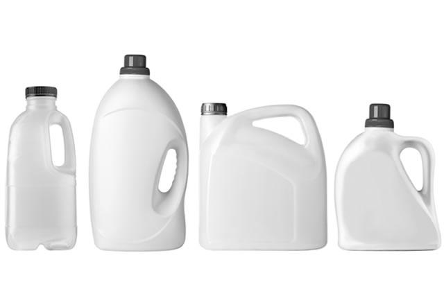 白いプラスチックボトル