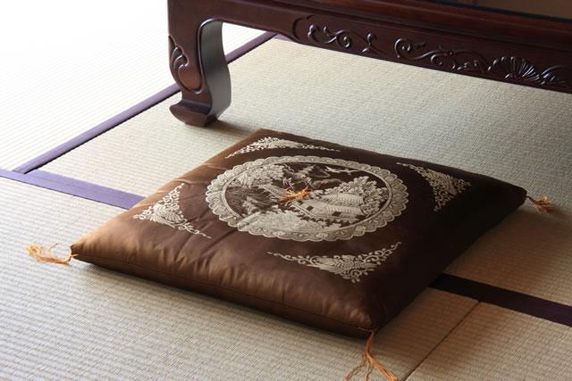 畳と座布団