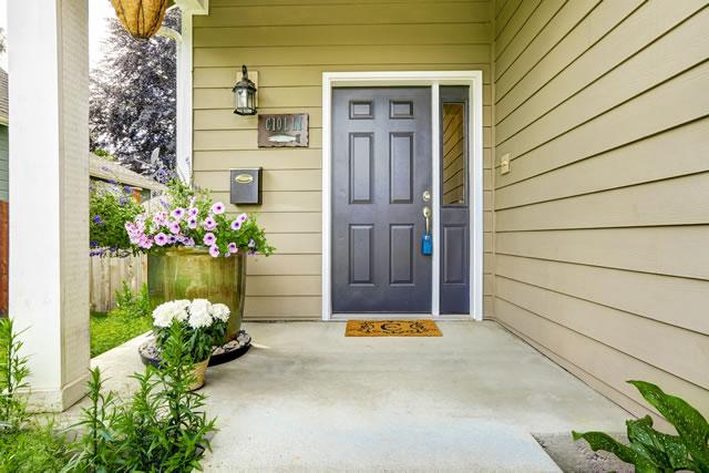 玄関ドア正面図