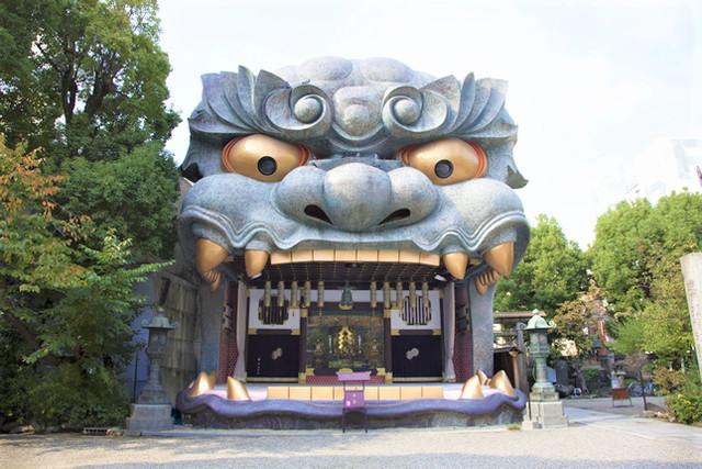 難波八阪神社(なんばやさかじんじゃ)