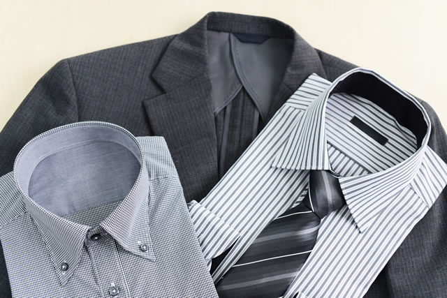 Yシャツとスーツ