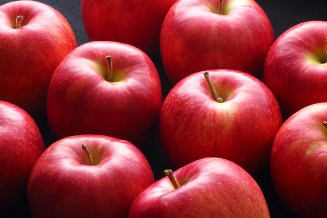 たくさんのりんご