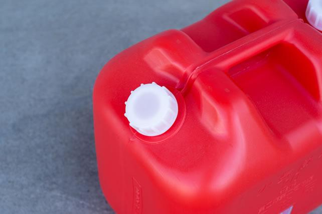 灯油のポリ容器