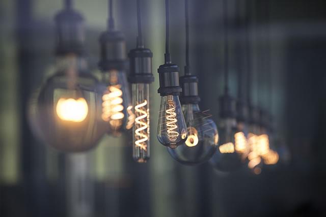 いろいろな種類のLED電球