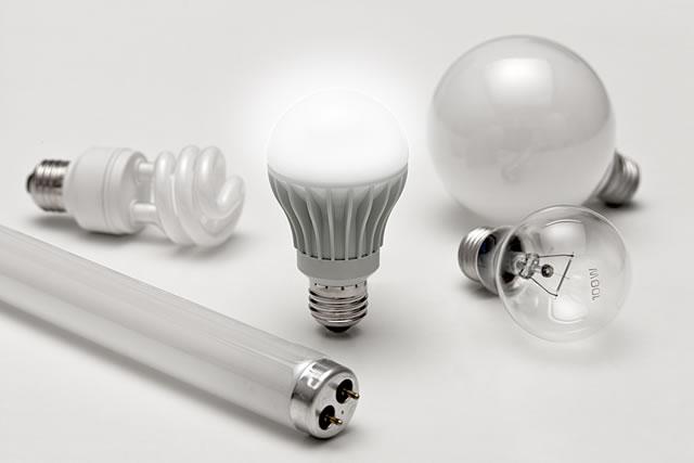 いろいろな種類の電球