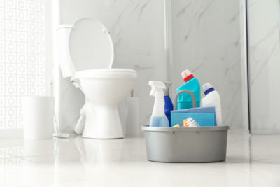 トイレと洗剤数種類