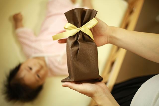 赤ちゃんとプレゼント