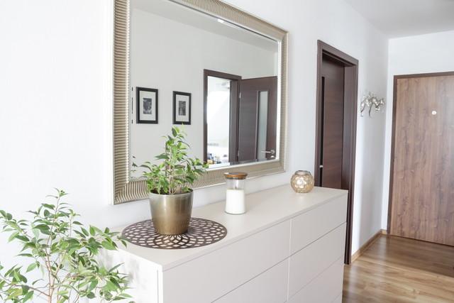 玄関の正しい鏡の位置
