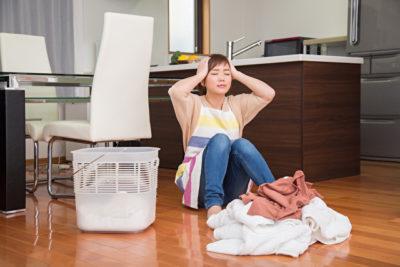 家事にストレスをかかえる女性