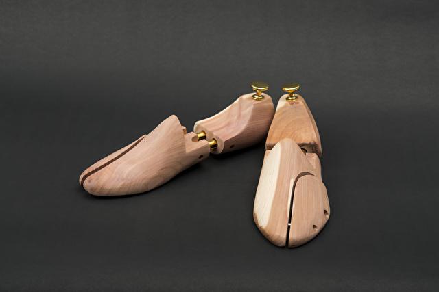 木製のシューキーパー
