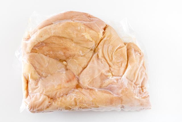 冷凍した鶏肉ささみ