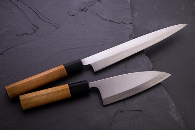 刺身包丁と出刃包丁