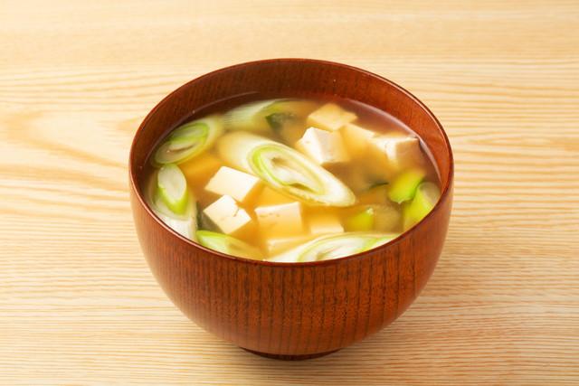 豆腐とワカメの味噌汁にネギはダメ