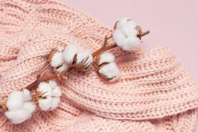 セーターと綿