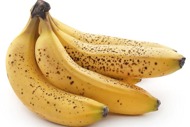 シュガースポットのついたバナナ