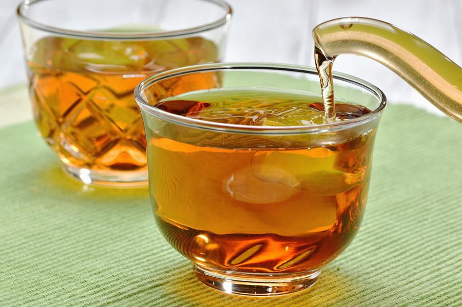 正しく保存して美味しく麦茶を飲もう