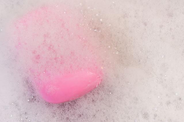 泡立つ石鹸