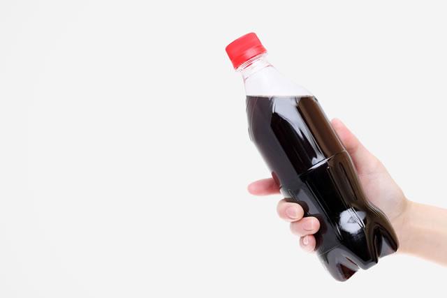 ペットボトルに入った炭酸飲料