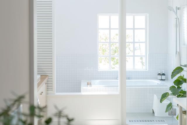 お風呂場の窓
