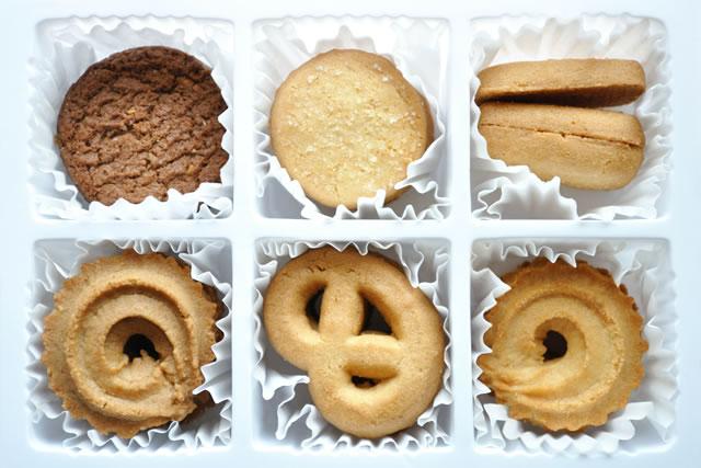 菓子折りのクッキー