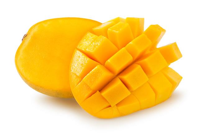 皮を剥いたマンゴー
