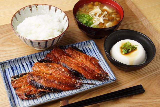 魚のみりん焼きの定食