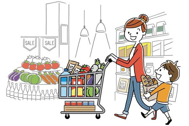子供と買い物する主婦